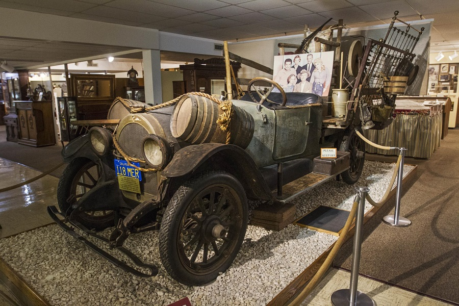 Vehicle at Ralph Foster Museum